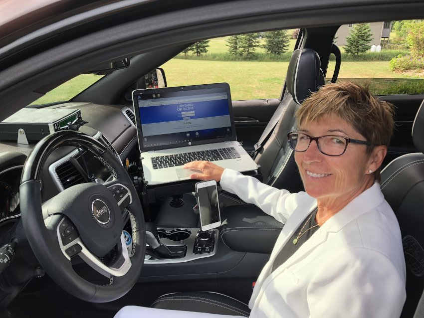 Gail demonstrates her mobile work station - full connectivity even on the road.